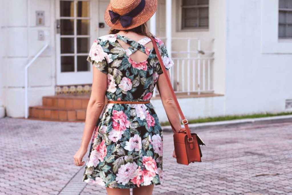 vintage floral dress, nyc vintage blog, summer straw hat, ASOS bag
