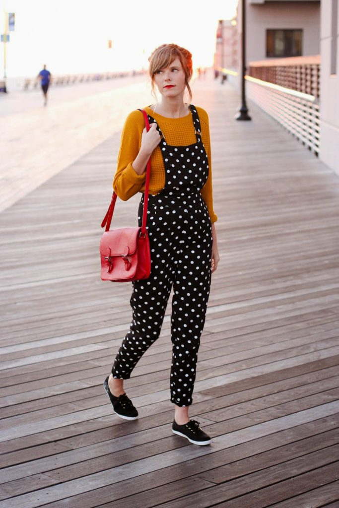 polka dot overalls forever 21, mustard yellow sweater, fall look, nyc vintage blogger, vintage fashion blog, long beach boardwalk