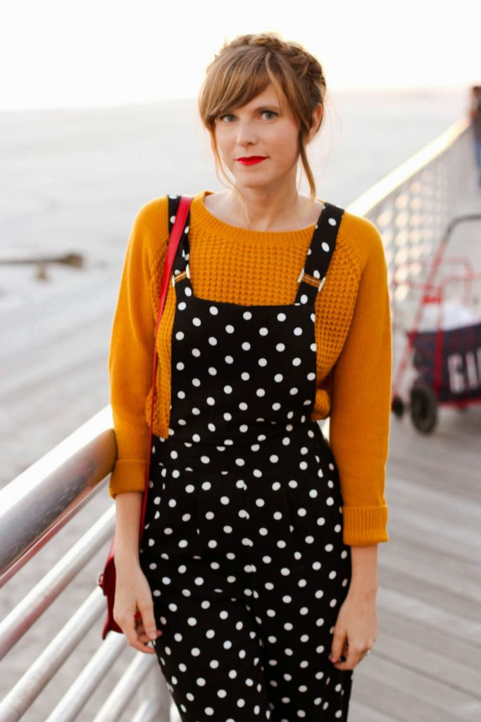 polka dot overalls forever 21, mustard yellow sweater, fall look, nyc vintage blogger, vintage fashion blog, long beach boardwalk, taylor swift for keds