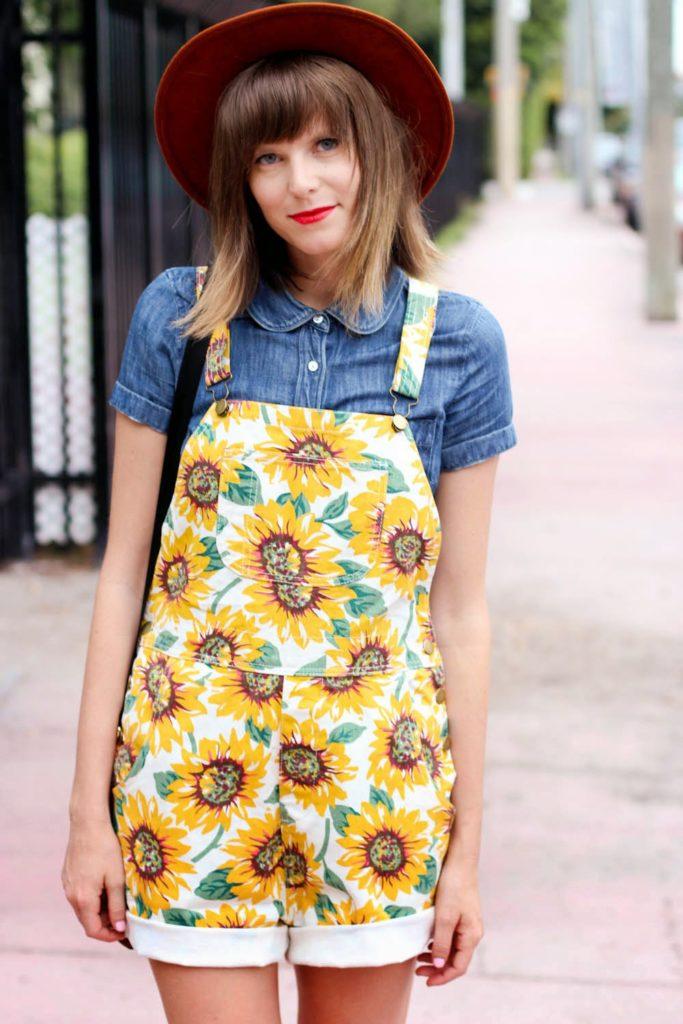 sunflower overalls, vintage boots, kipling bag, miami fashion blog