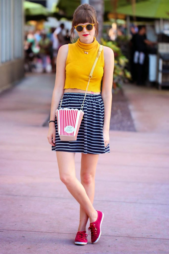 crop top, striped skirt, keds, popcorn bag