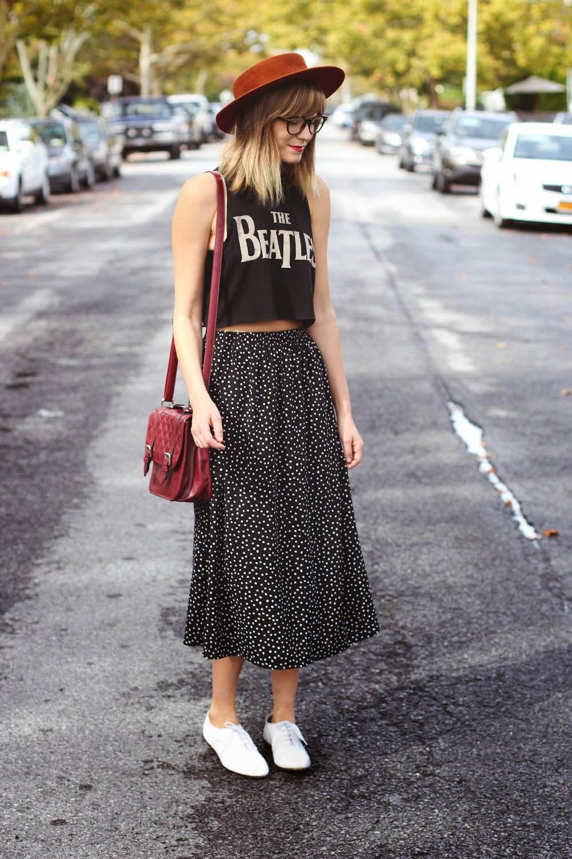 nyc vintage blogger, vintage fashion blogger, the beatles crop top, forever 21 beatles tee, polka dot vintage skirt
