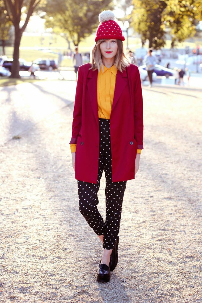 nyc fashion blogger, red beanie pepa loves, chicwish red blazer, polka dot pants, forever21 shoes, vintage fashion blogger