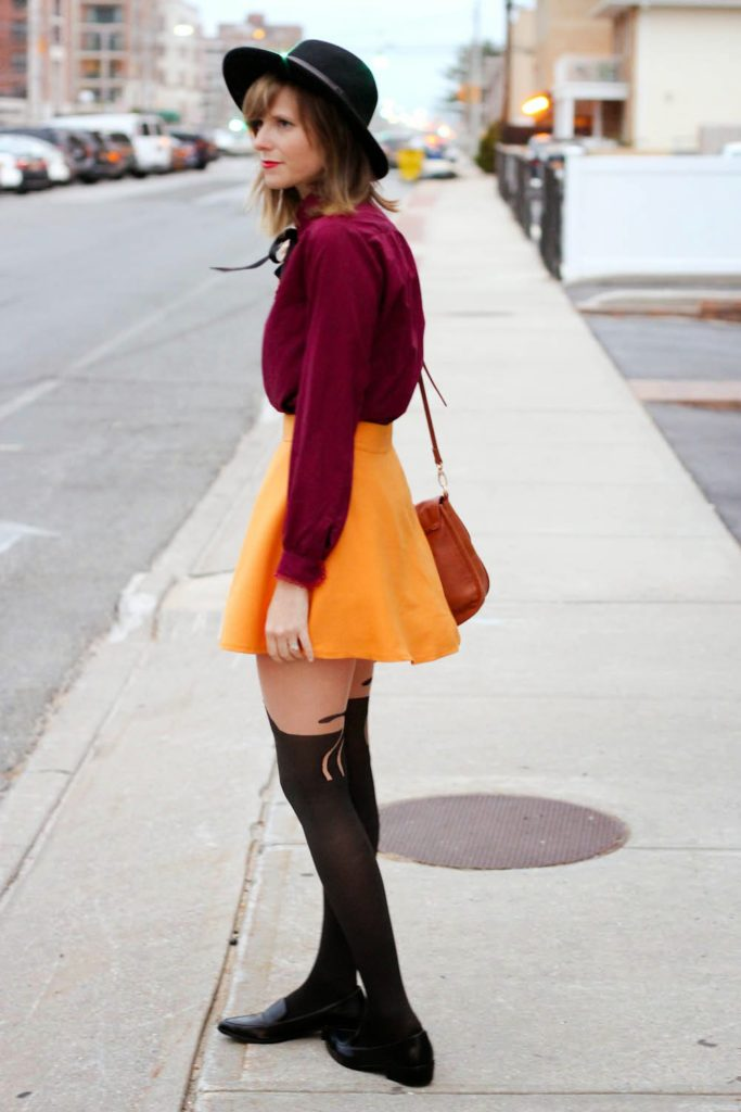 nyc vintage blog, nyc vintage fashion blog, vintage fashion blog, cat tights, long beach ny, forever 21 shoes
