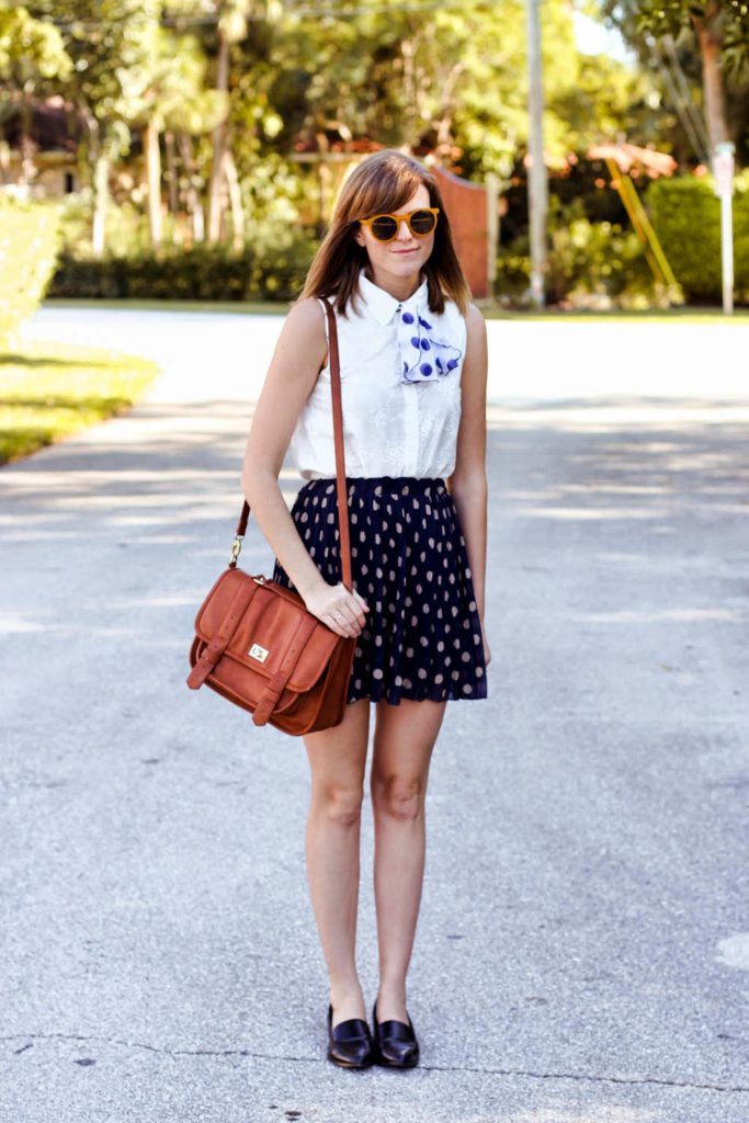 nyc blog, nyc vintage blog, vintage fashion blog, polka dot bow tie, polka dot pleated skirt